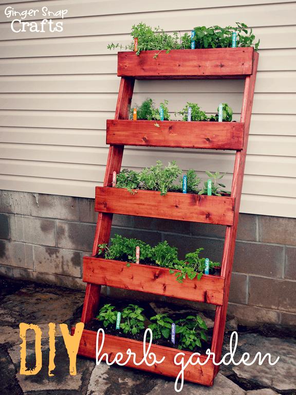 DIY Herb Garden Pallet Planter