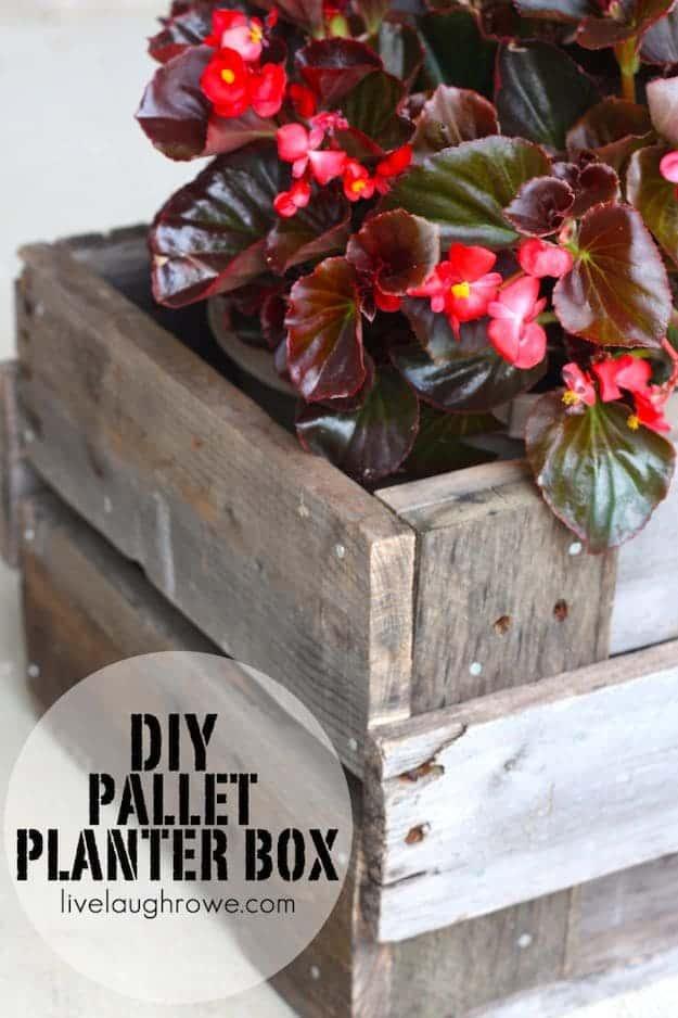 Mini Pallet Planter Box