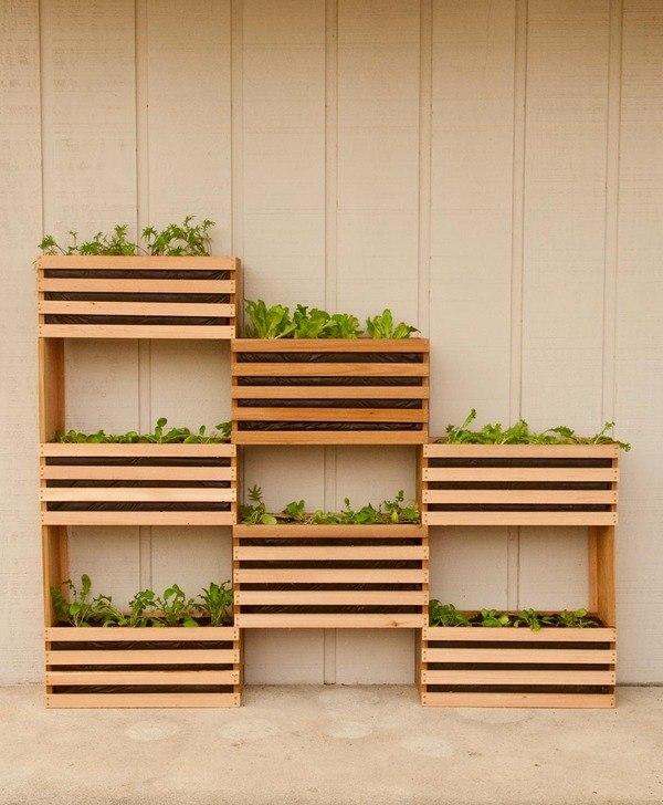 Modern Space Saving Vertical Vegetable Garden Pallet Planter