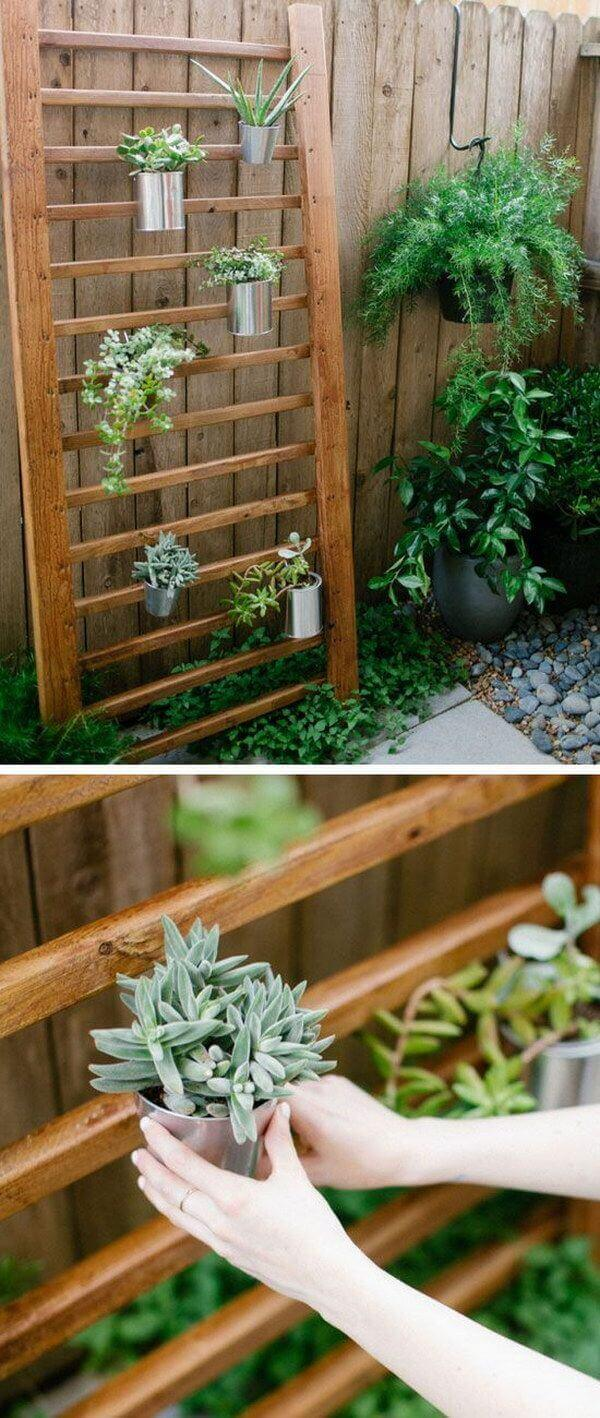 Modern Wooden hanging Planting Wall with Metal Pots
