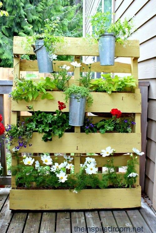 The Pallet Planter Garden PGI37
