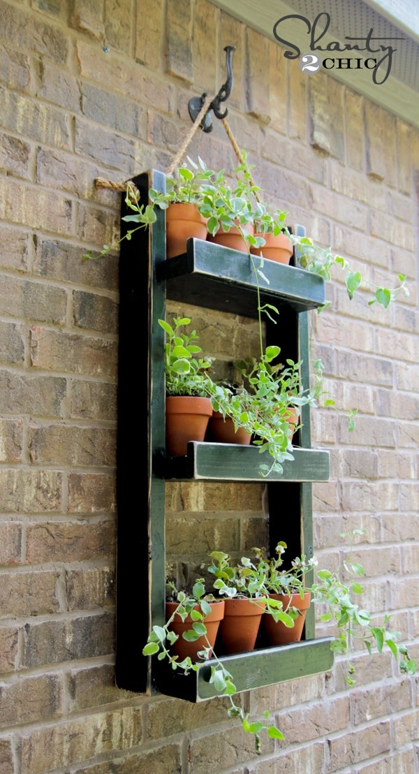 Wood Pallet Planter for the Wall