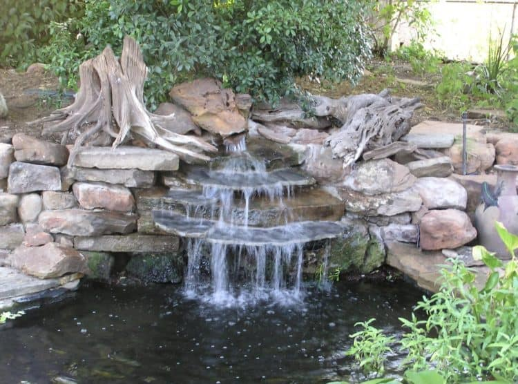 Backyard garden waterfall ideas how to build it morflora for Cascadas de jardin caseras